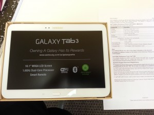 Playing with brand new Galaxy Tab 3 powered by Intel
